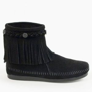 Minnetonka High Top Black Back Zip Boot 8